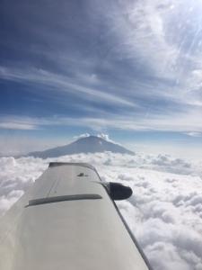 Kilimajaro im Vorbeiflug