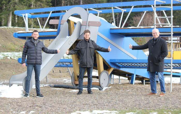 Pressemitteilung_LSV Schwarzwald_HK-Praezisionstechnik GmbH unterstützt kleinen Flugplatz_2020-12-11